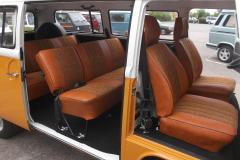 T2-Bus_interior